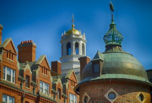 Harvard University Scholarships