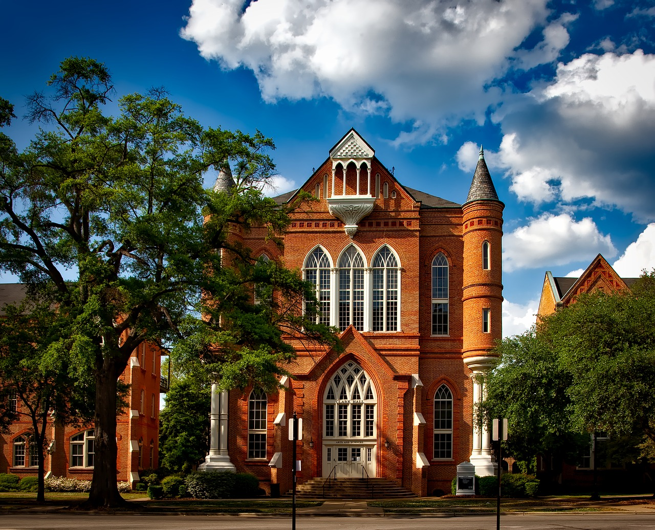 University of Alabama Scholarships